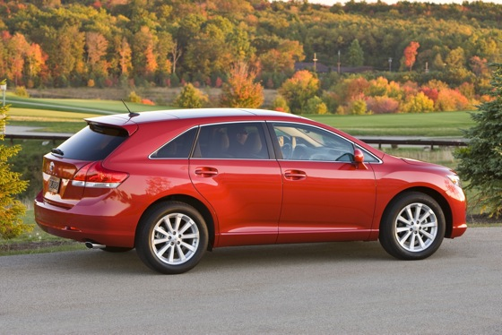 2012 Toyota Venza: New Car Review featured image large thumb4