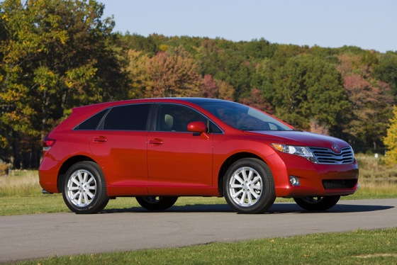 2012 Toyota Venza: New Car Review featured image large thumb7