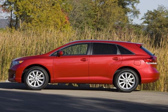 2012 Toyota Venza: New Car Review featured image large thumb8
