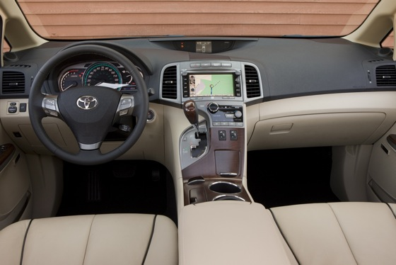 2012 Toyota Venza: New Car Review featured image large thumb14