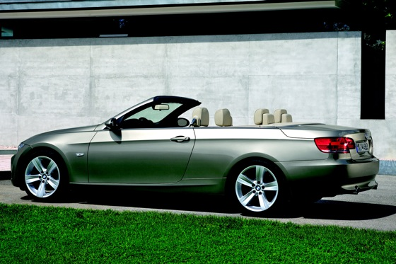 2007-2010 BMW 3 Series Convertible - Used Car Review featured image large thumb11