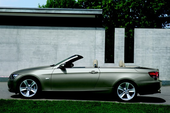2007-2010 BMW 3 Series Convertible - Used Car Review featured image large thumb12