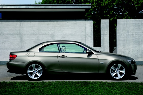 2007-2010 BMW 3 Series Convertible - Used Car Review featured image large thumb13