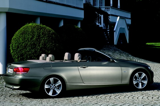 2007-2010 BMW 3 Series Convertible - Used Car Review featured image large thumb14