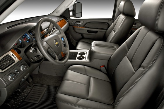 2007-2010 Chevrolet Silverado 2500HD - Used Car Review featured image large thumb2