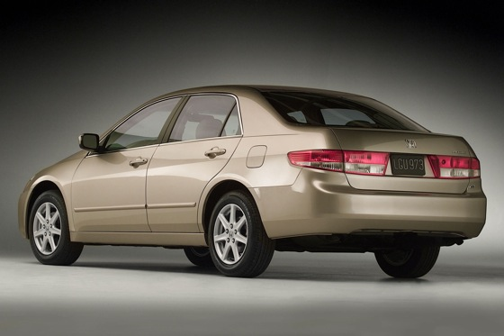 2003-2007 Honda Accord Sedan - Used Car Review featured image large thumb1