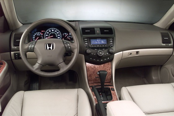 2003-2007 Honda Accord Sedan - Used Car Review featured image large thumb2