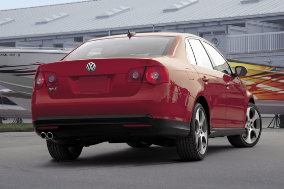 2006-2009 Volkswagen GLI: Used Car Review featured image large thumb13