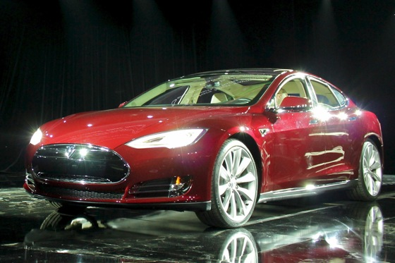 2013 Tesla Model X Unveiled featured image large thumb2