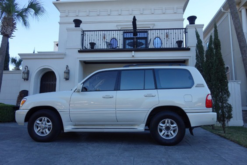1999 Lexus LX 470 With 326,000 Miles