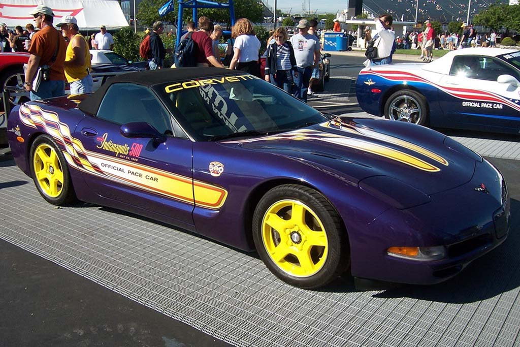1998 Chevrolet Corvette Pace Car Replica: Radar Blue