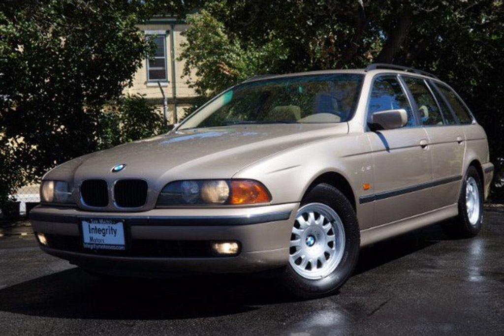 2000 BMW 528i Wagon Manual