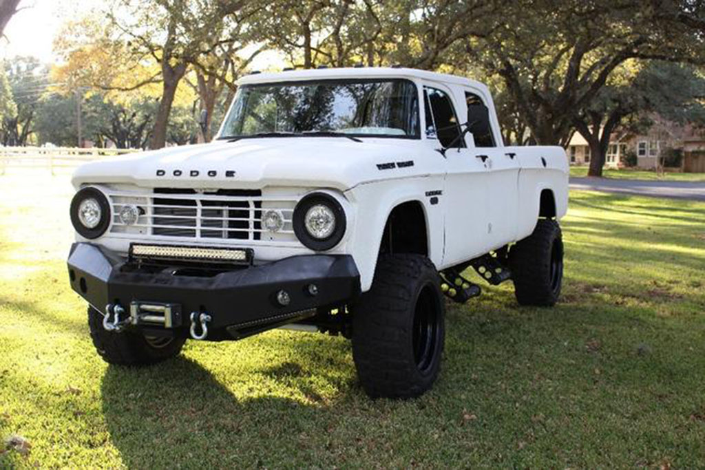 1967 Dodge Power Wagon Resto-Mod