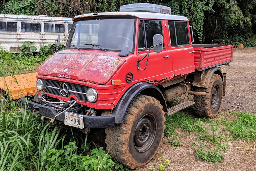 Mercedes-Benz Unimog 406 Double Cab