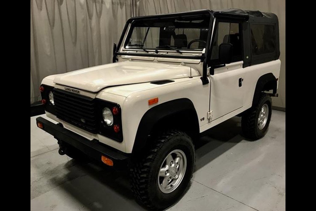 1994 Land Rover Defender 90 - 15,700 Miles
