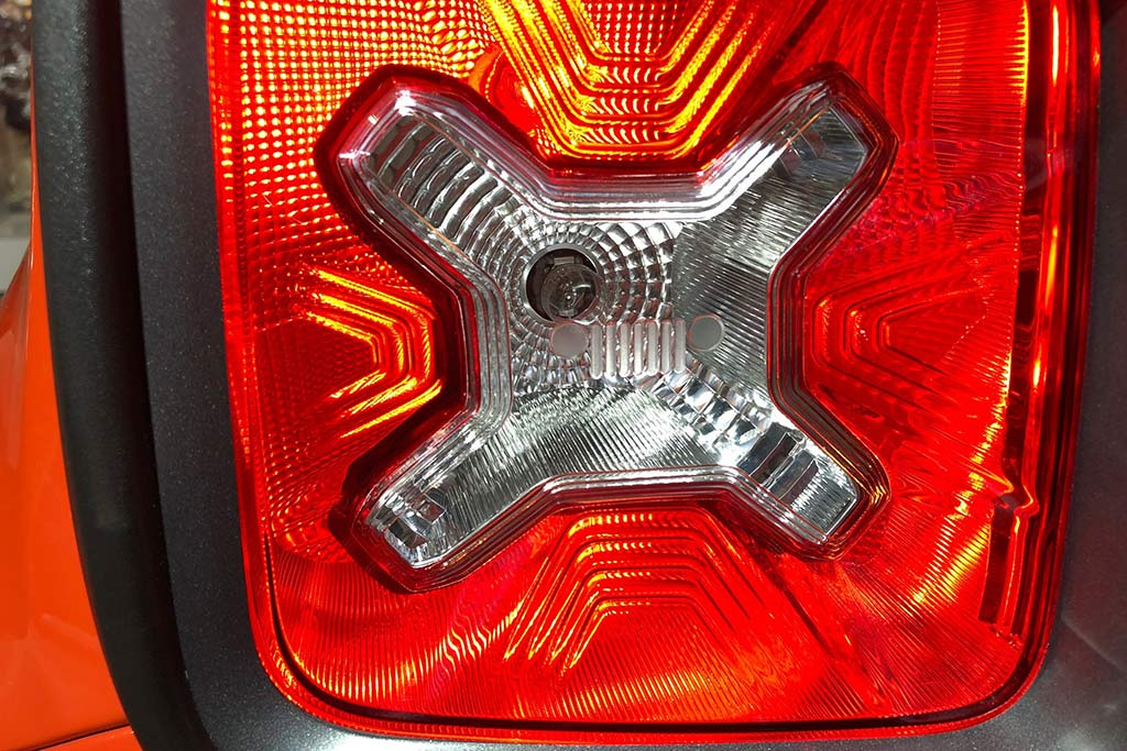 Renegade Taillight Grille