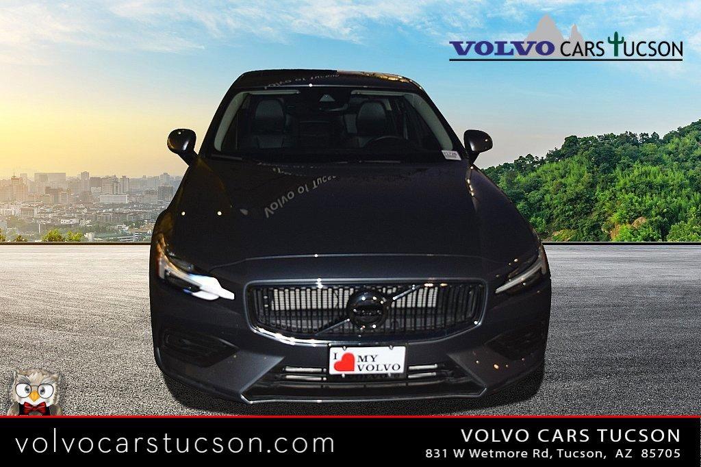 2019 Volvo S60 T6 Momentum AWD image