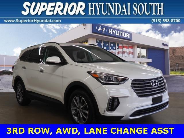 2017 Hyundai Santa Fe SE image
