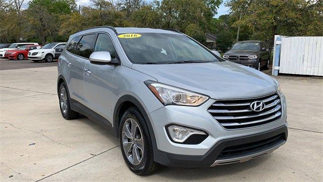 2016 Hyundai Santa Fe FWD SE image