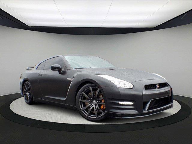 2015 Nissan GT-R Premium image