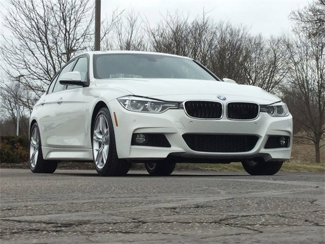 2016 BMW 330e  image