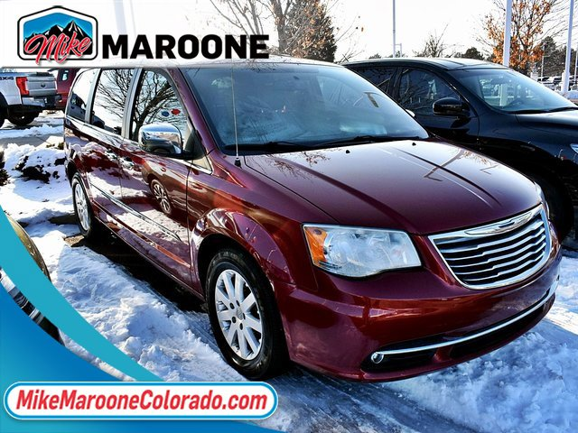 2012 Chrysler Town & Country Touring-L image