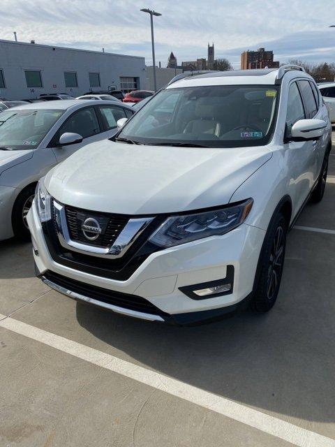 2017 Nissan Rogue SL image