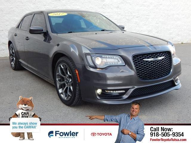2017 Chrysler 300 S image