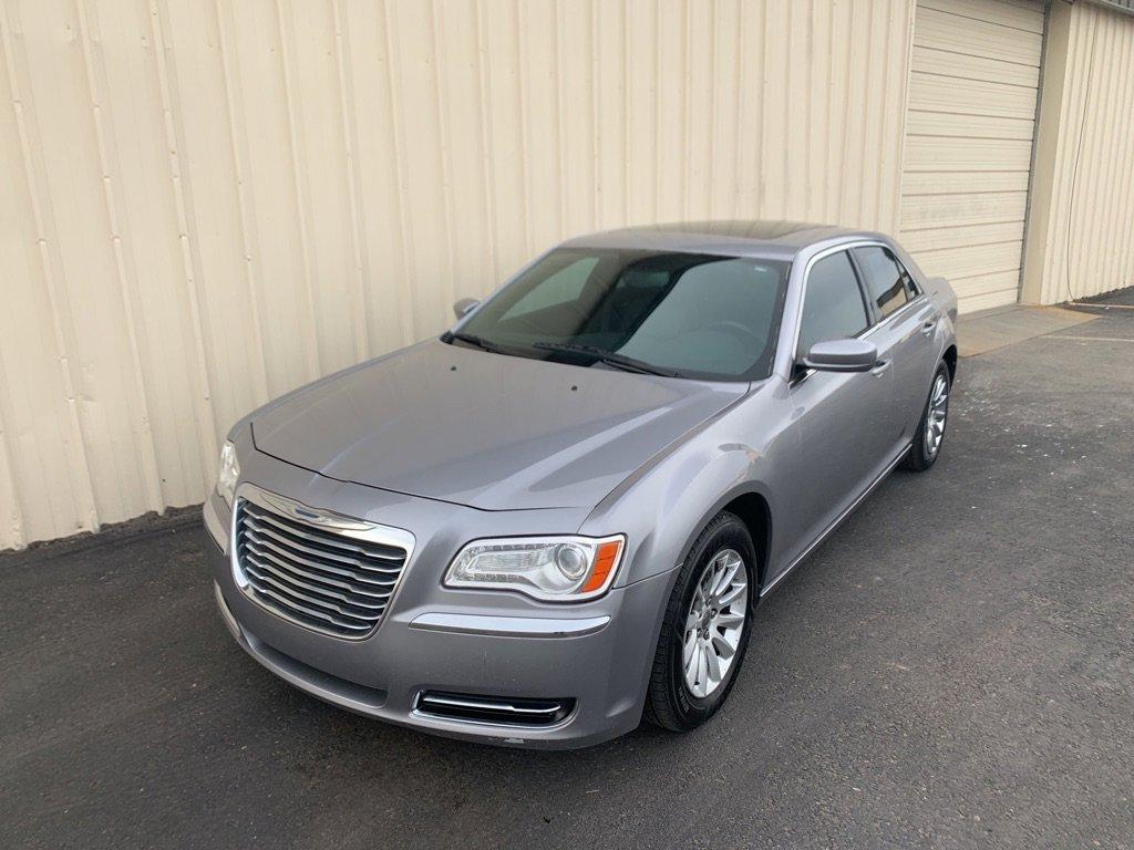 2014 Chrysler 300  image