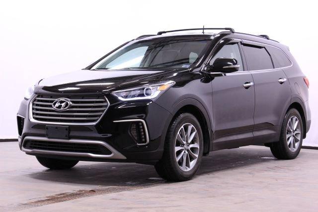 2017 Hyundai Santa Fe AWD image