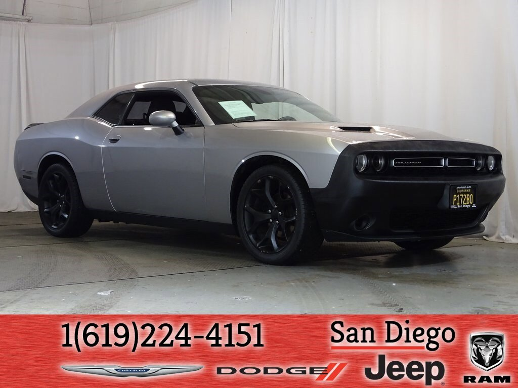 2016 Dodge Challenger SXT w/ Sound Group image