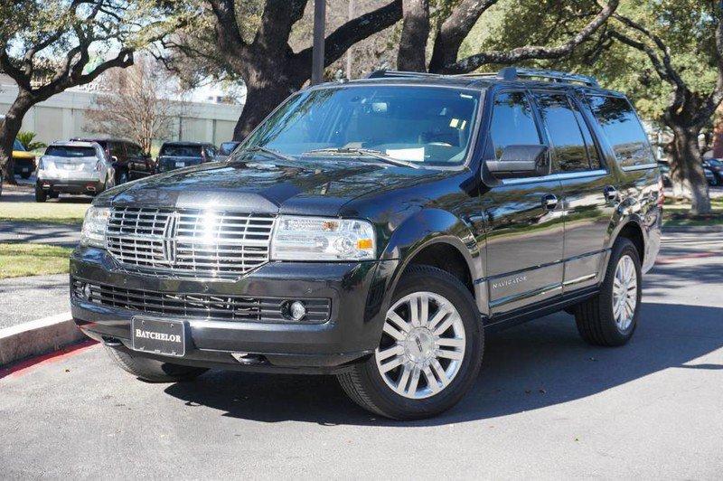 2014 Lincoln Navigator 2WD image
