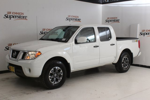 2018 Nissan Frontier PRO-4X image