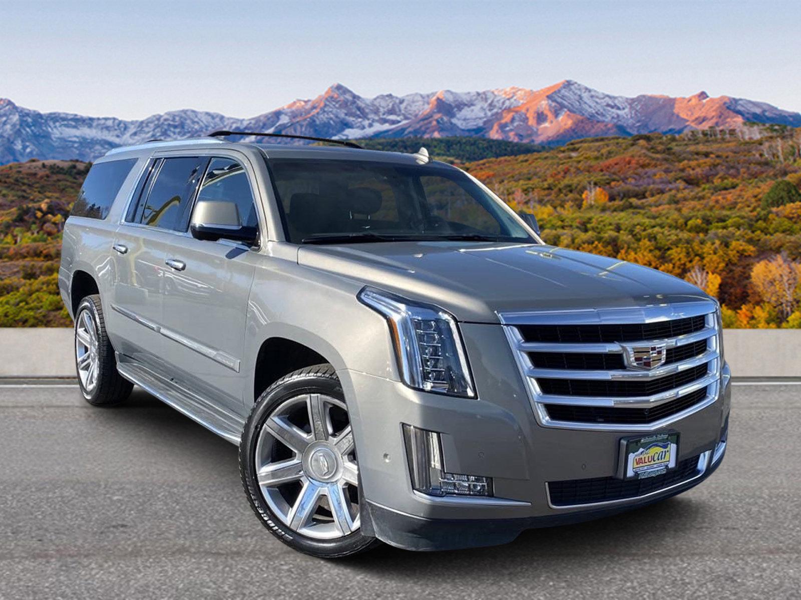 2017 Cadillac Escalade ESV 4WD Luxury image