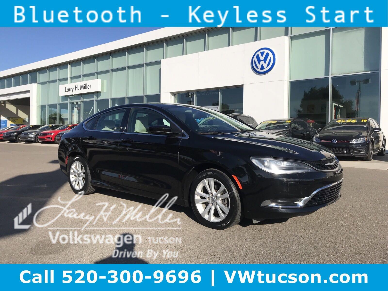2015 Chrysler 200 Limited image