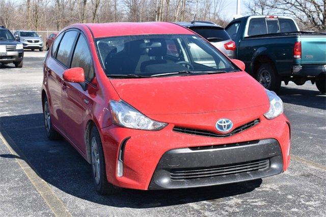 2016 Toyota Prius V Three image