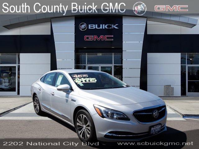 2017 Buick LaCrosse Essence image