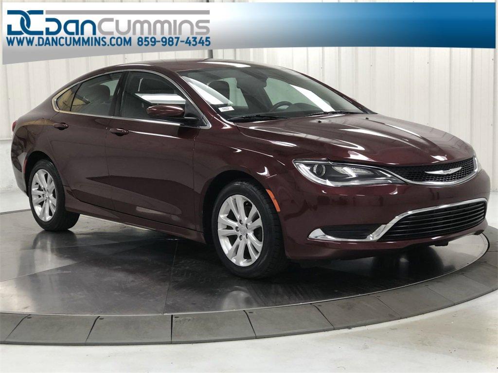 2016 Chrysler 200 Limited image