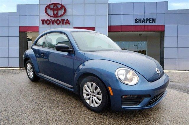2018 Volkswagen Beetle 2.0T S image