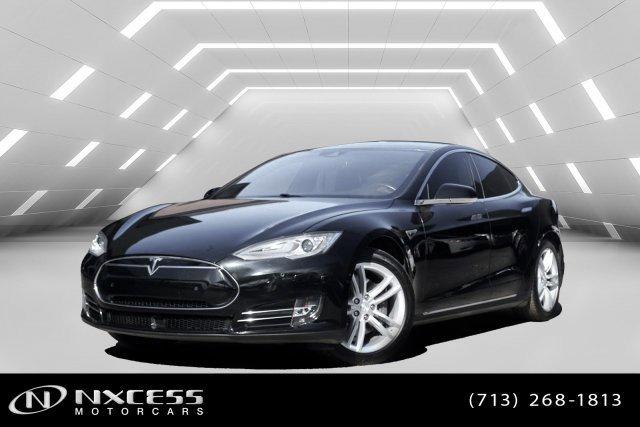 2015 Tesla Model S  image