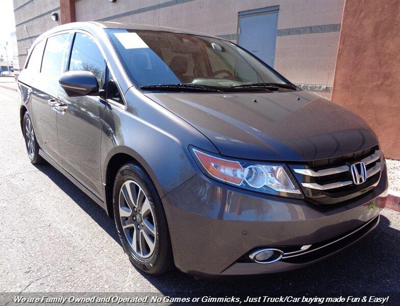 2016 Honda Odyssey Touring image