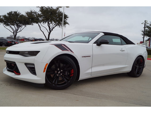 2018 Chevrolet Camaro SS Convertible w/ 2SS image