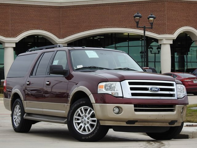 2012 Ford Expedition EL 2WD image