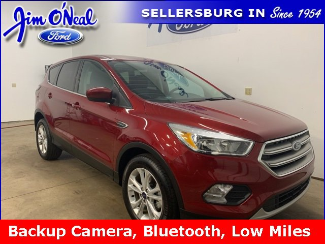 2017 Ford Escape FWD SE image