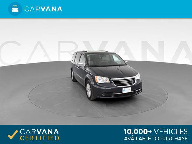 2013 Chrysler Town & Country Limited w/ Luxury Group image
