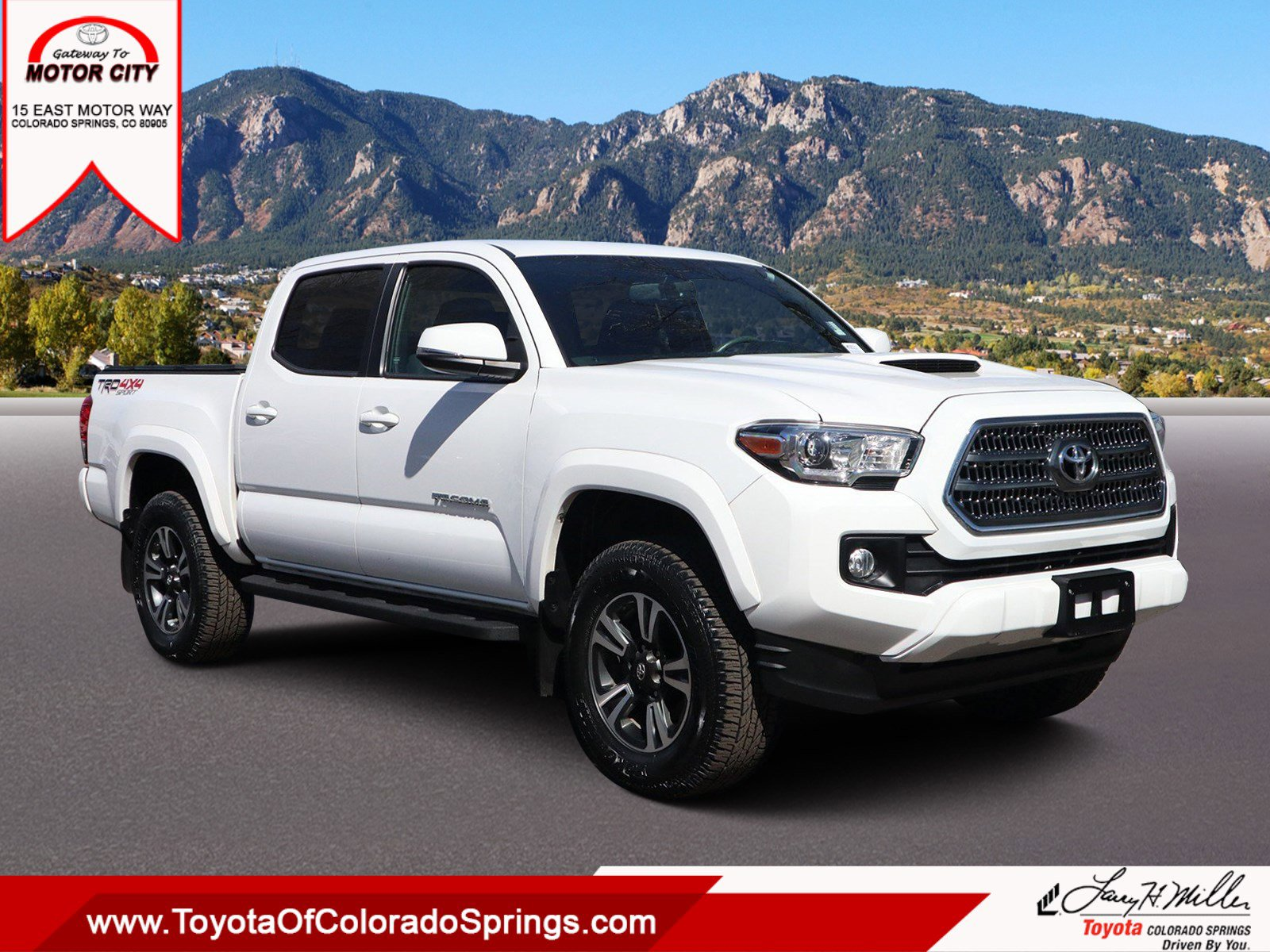 2017 Toyota Tacoma TRD Sport image