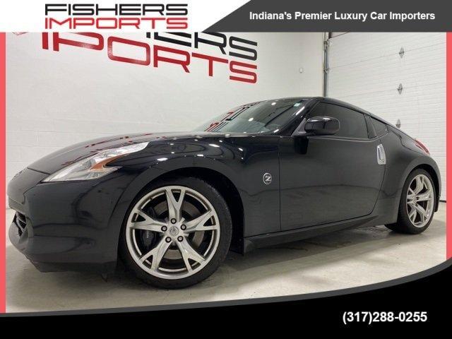 2010 Nissan 370Z Coupe w/ Sport Pkg image