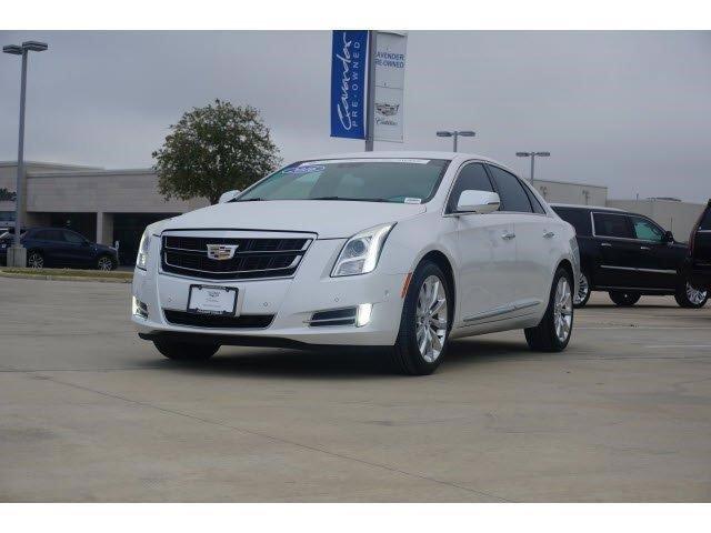 2016 Cadillac XTS Luxury image