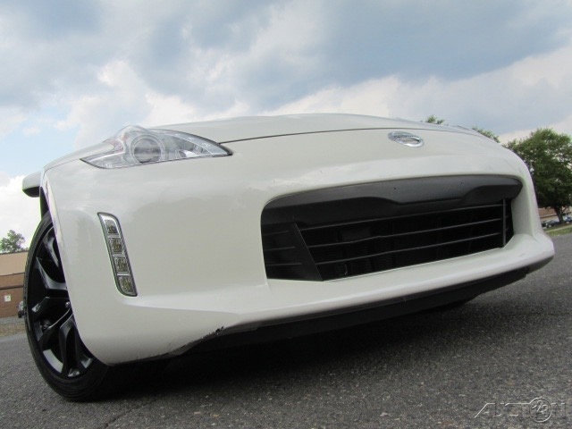 2016 Nissan 370Z Touring w/ Sport Package image