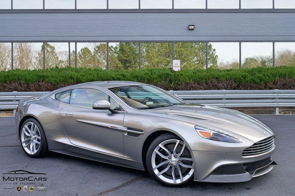 2017 Aston Martin Vanquish Coupe image